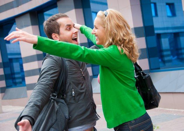 Nếu bạn gặp ai đó với tâm trạng vui mừng thì lần sau gặp lại chắc chắn hiệu ứng ấy sẽ lan tỏa qua người đó
