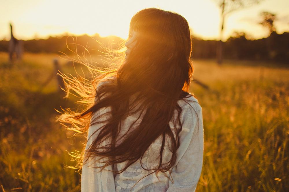 Thay đổi bản thân: Mọi suy nghĩ tiêu cực và than vãn chỉ mang lại cảm xúc xấu. (Ảnh: Pinterest)