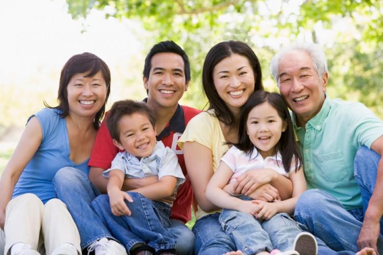 Ảnh chất lượng cuộc sống: Xây đắp mối quan hệ gia đình bạn bè