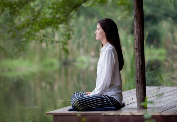 Ảnh chất lượng cuộc sống: Ngồi thiền