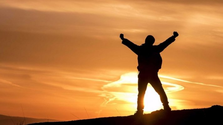 Hãy Vui Sống - Sống vì sự phát triển chính mình