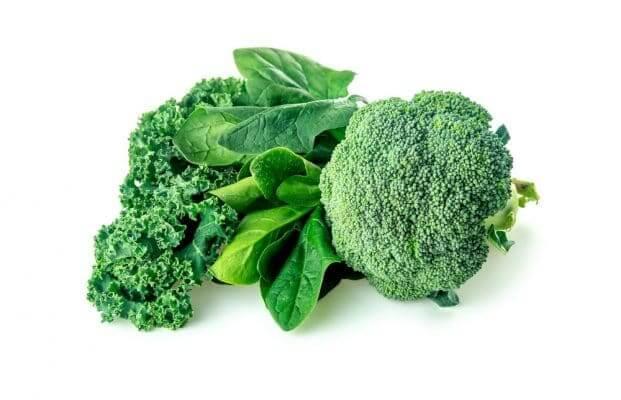 Thực phẩm tốt cho tim mạch: bông cải và rau chân vịt